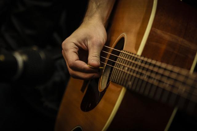 Sposoby kostkowania na gitarze